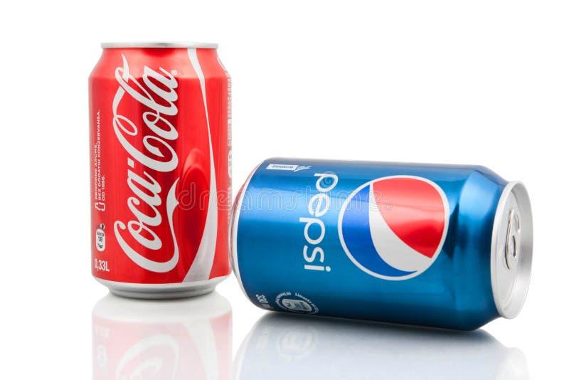 Koka-kola i Pepsi puszki fotografia stock