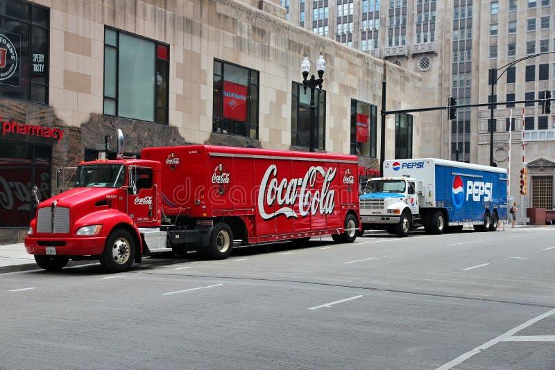 Koka-kola vs Pepsi obrazy stock