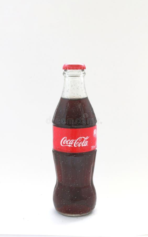 Koka-kola w szklanej butelce zdjęcie royalty free