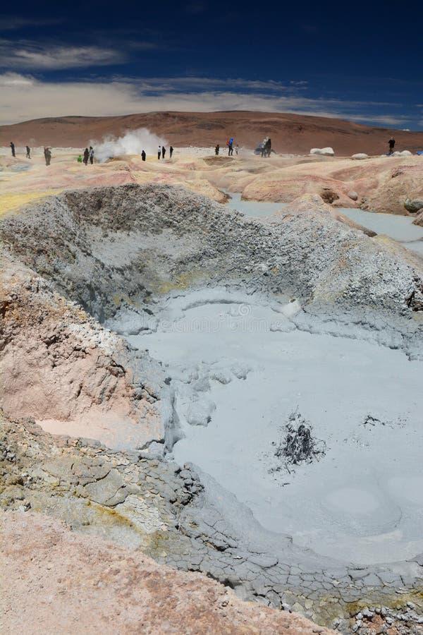 Kokende Modder Het geothermische gebied van Sol de Manana Eduardo Avaroa Andean Fauna National-Reserve bolivië stock afbeeldingen