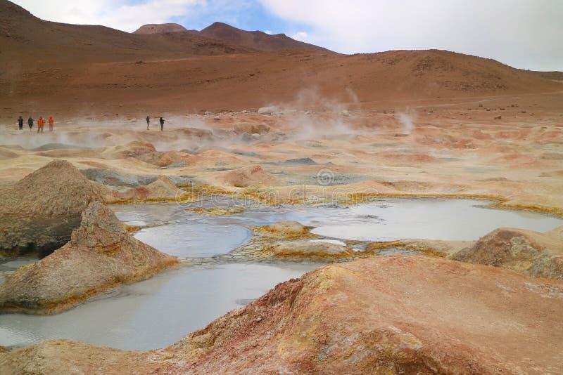 Kokende Moddermeren van Sol de Manana of het Geothermische Gebied van de Ochtendzon in het Ministerie van Potosi van Bolivië, Zui royalty-vrije stock afbeelding