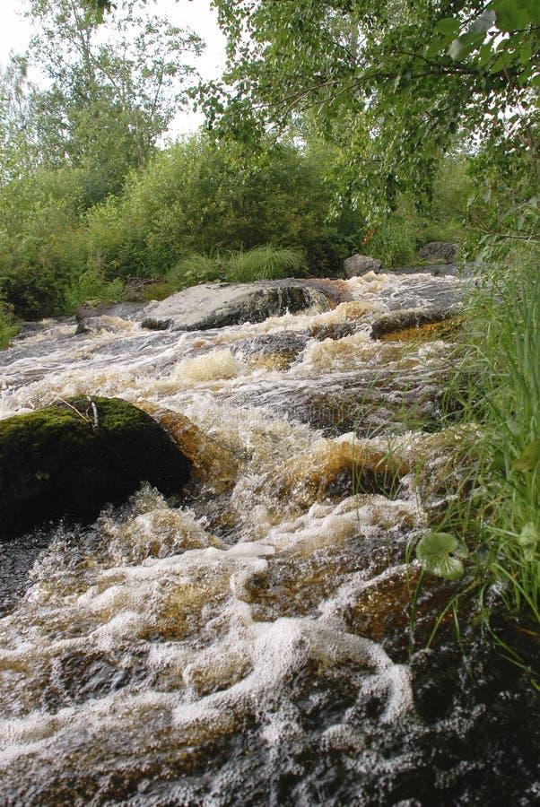 Kokende rotsachtige rivier royalty-vrije stock foto's