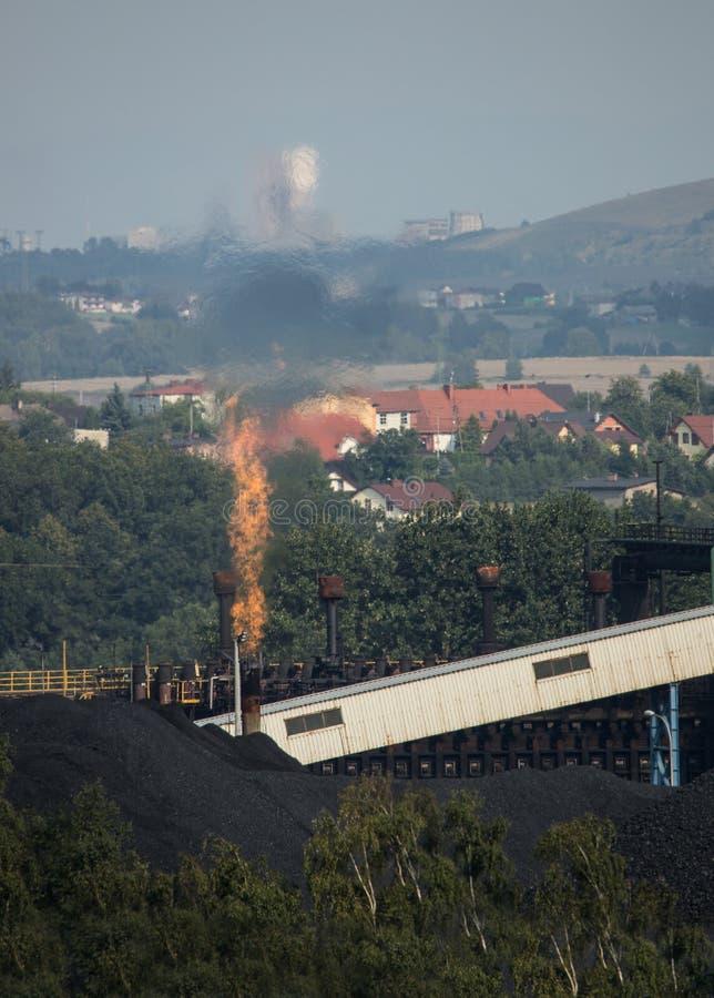 Kokerei der Kohle lizenzfreie stockfotografie