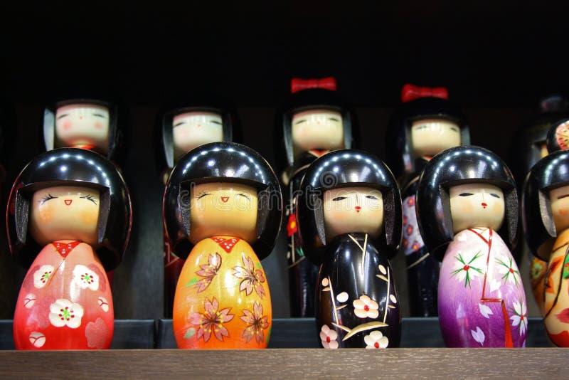 Kokeshi dockor arkivfoton
