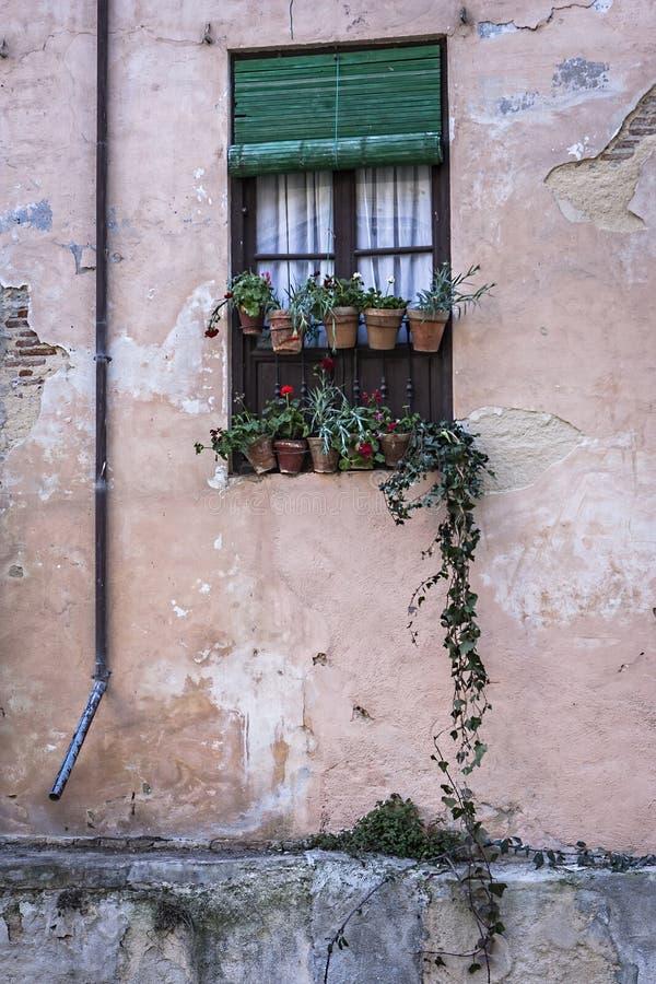 Kokieteryjny okno w kącie Albaicín sąsiedztwo, Gra obrazy royalty free