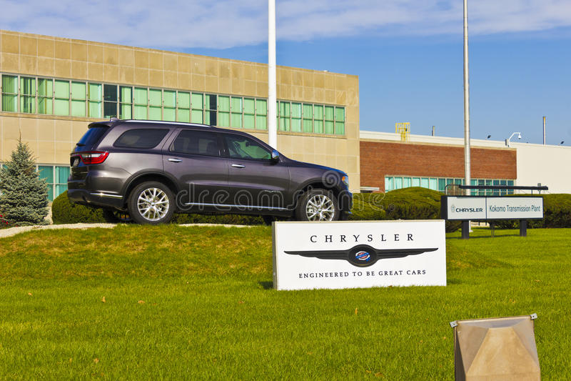 Kokomo - το Νοέμβριο του 2015 Circa: Εγκαταστάσεις μετάδοσης Chrysler Τα αυτοκίνητα της Φίατ Chrysler είναι η μεγάλος-μεγαλύτερη  στοκ φωτογραφίες με δικαίωμα ελεύθερης χρήσης