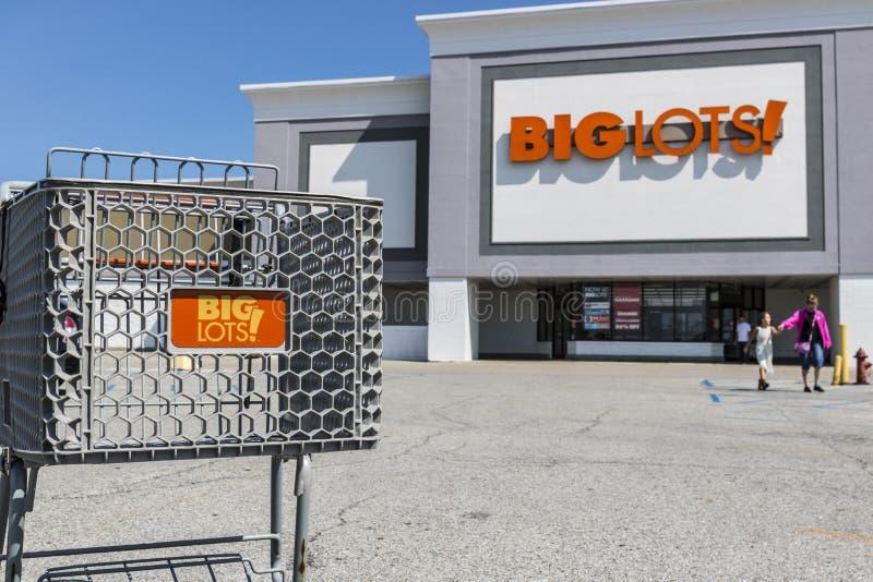 Kokomo - Circa August 2017: Big Lots Retail Discount Location. Big Lots is a Discount Chain VI. Big Lots Retail Discount Location. Big Lots is a Discount Chain stock images