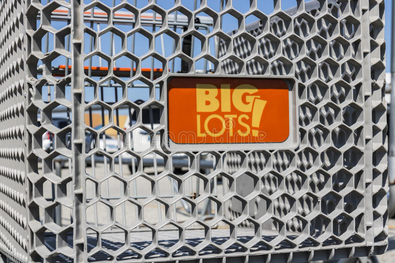 Kokomo - Circa August 2017: Big Lots Retail Discount Location. Big Lots is a Discount Chain VII. Big Lots Retail Discount Location. Big Lots is a Discount Chain royalty free stock images