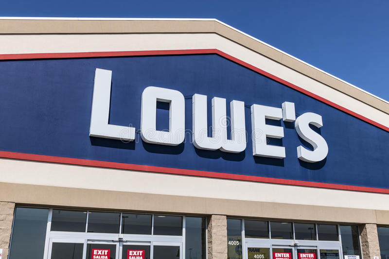 Kokomo - Circa August 2017: Lowe`s Home Improvement Warehouse. Lowes operates retail home improvement and appliance stores IX royalty free stock photos