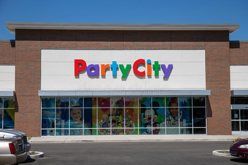 Party City Retail Strip Mall Location. Party City Provides Costumes and Supplies All Year Long I. Kokomo - Circa July 2019: Party City Retail Strip Mall Location stock photos