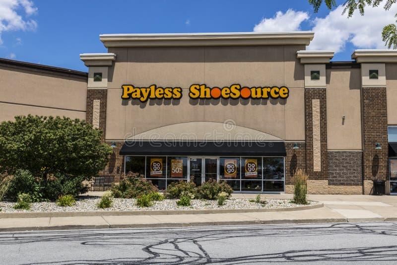 Kokomo - Circa June 2017: Payless ShoeSource Retail Strip Mall Location. Payless ShoeSource sells shoes at a discount II. Payless ShoeSource Retail Strip Mall stock photo