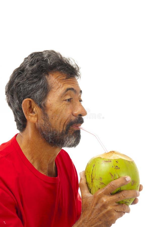 kokosnötdrinkvatten arkivfoto