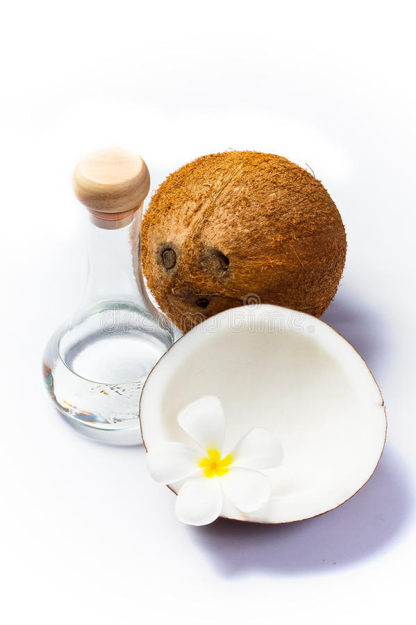 Kokosnoot en kokosnotenolie stock afbeelding