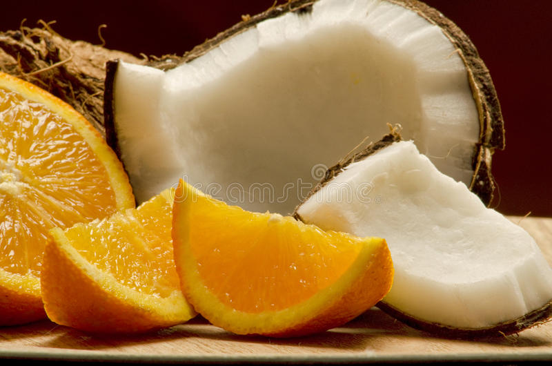 Kokosnuss u. Orange lizenzfreies stockbild