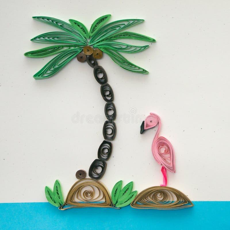 Kokosnusspalmen- und -flamingorüschen stockfotos