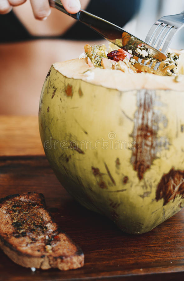 Kokosnusssalat lizenzfreie stockfotos
