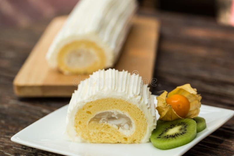 Kokosowy rolka tort obrazy stock