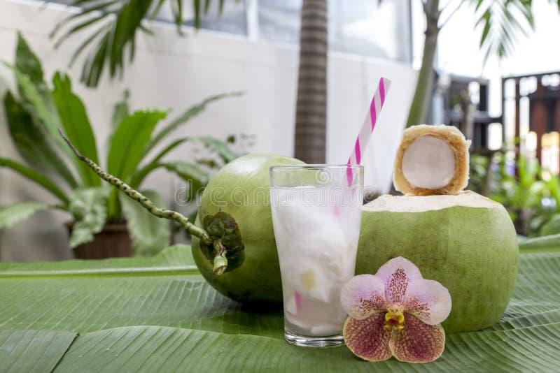 Kokosowy sok zdjęcie royalty free
