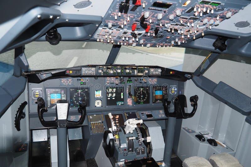 Kokpit Boeing 737 samolot zdjęcie royalty free