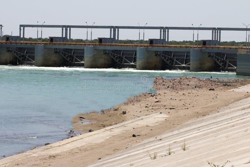 Koksaray sul fiume di Syr Darya fotografie stock