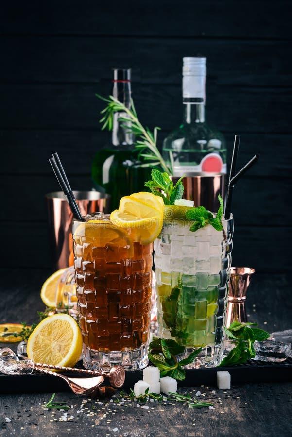 Koktajle alkoholowe z Long Island i Mojito zdjęcie stock