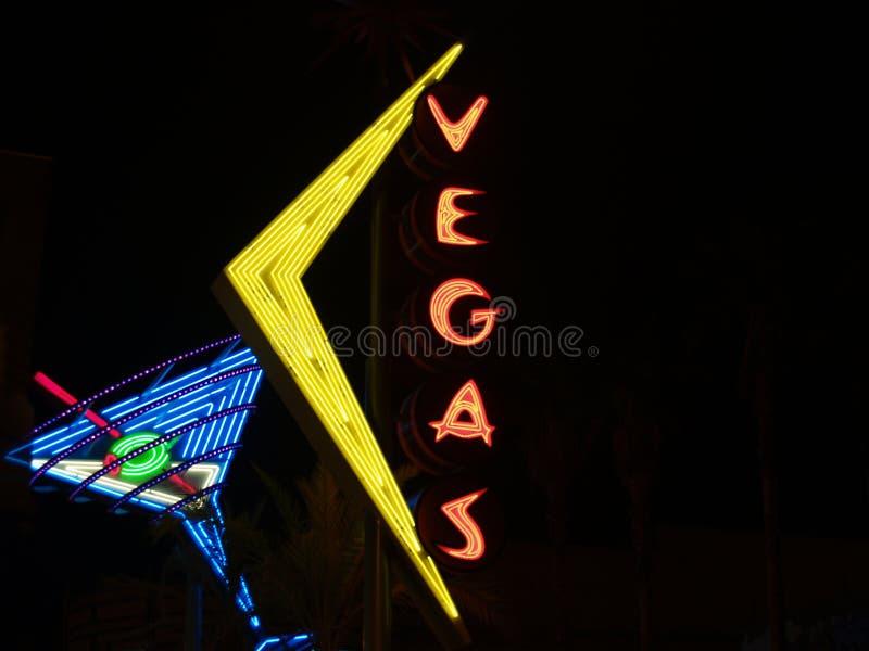 koktajlu szkła neonowy znak Vegas zdjęcie stock