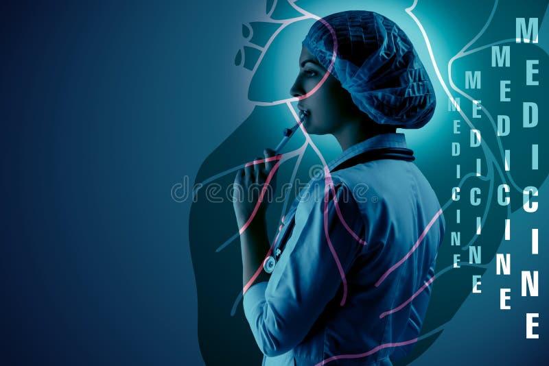 Kolaż na naukowych tematach Młoda kobiety lekarki pozycja przeciw kierowemu tłu obrazy stock
