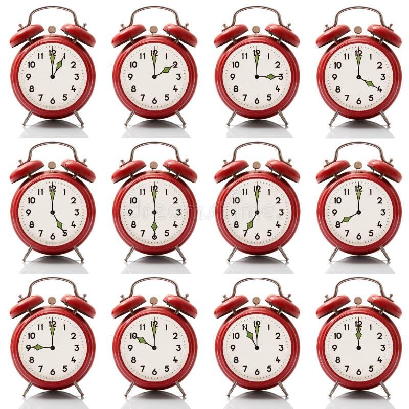 Kolażu budzik przy każdy godziną na białym tle ilustracja wektor