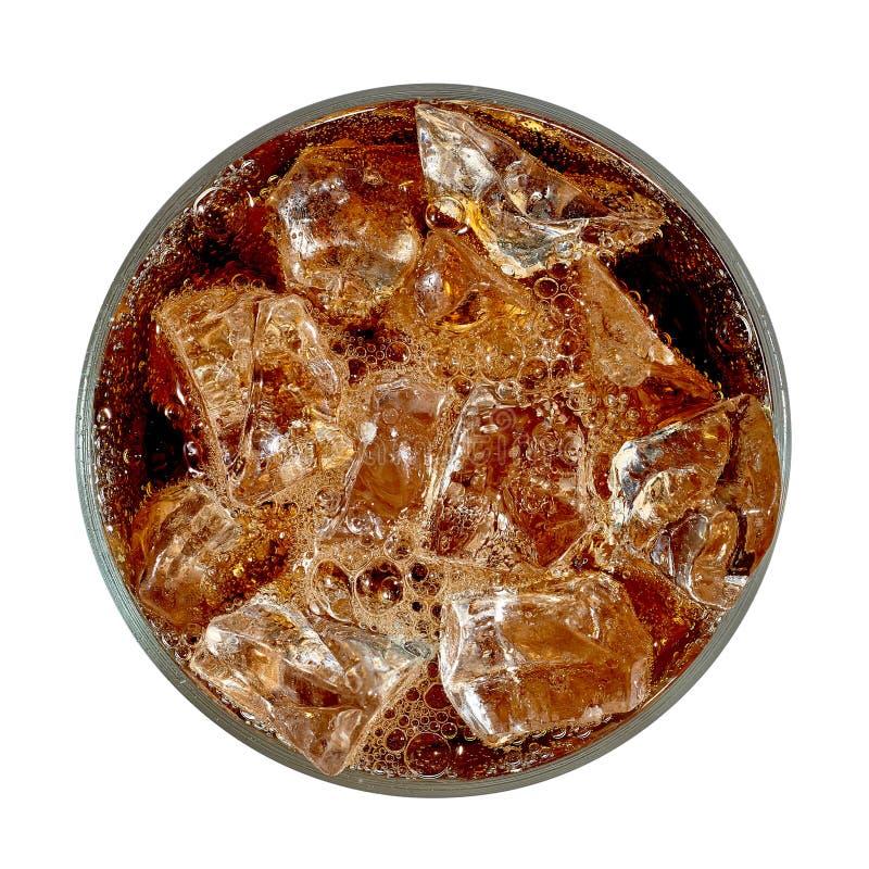 Kolabaum im Glas mit Eiswürfeln von oben lizenzfreies stockbild