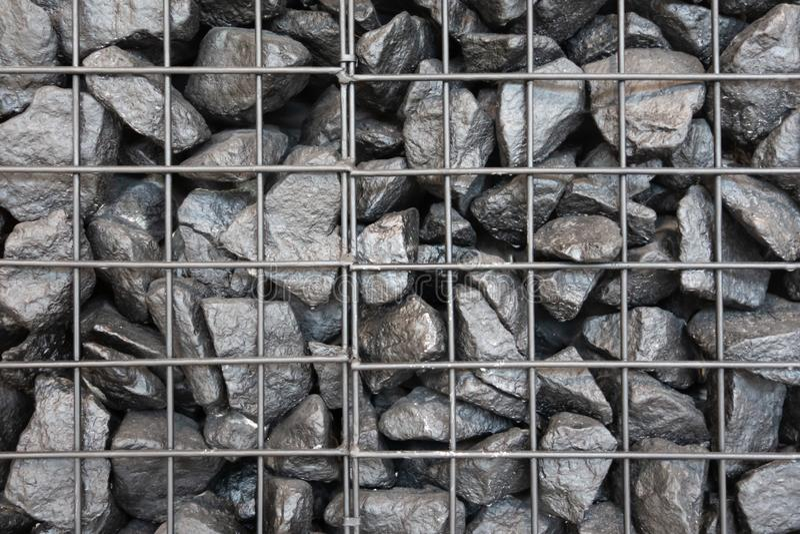 Kolejowy czerń kamienia tekstury tło Czarny węgiel w kratownicie Kreatywnie rocznika tło zdjęcie stock