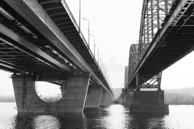Kolejowy Darnytskyi most Kij?w Ukraina fotografia stock