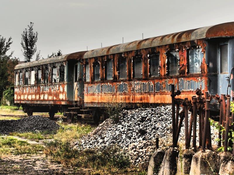 Kolejowy furgon - Stary rdzewiej?cy metal tekstury grunge t?o zdjęcia stock