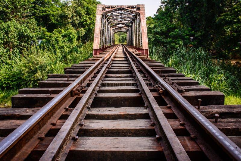 Kolejowy most w Myanmar zdjęcia royalty free