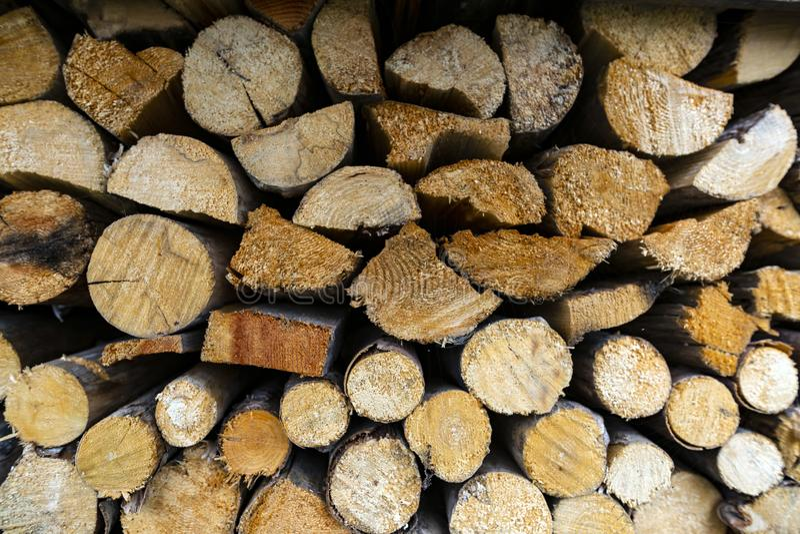 Kolekcja drewno przy magazynem fotografia royalty free