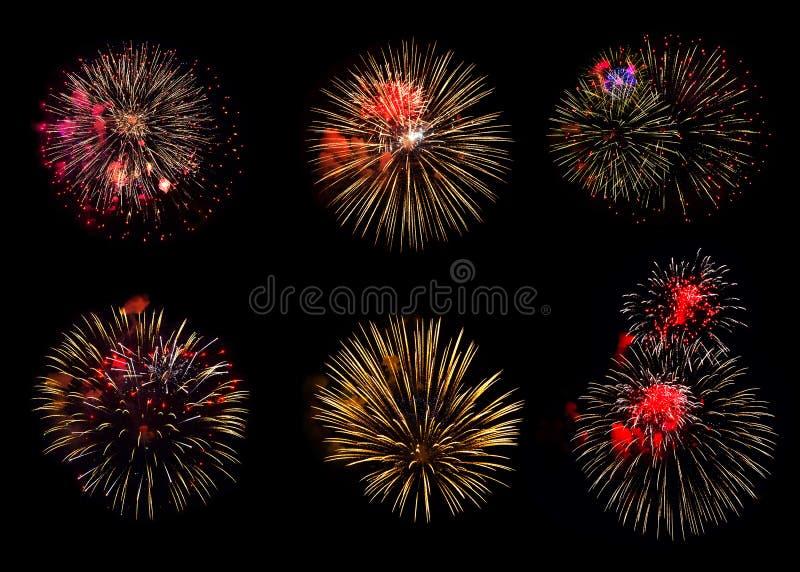 Kolekcja różnorodni kolorowi fajerwerki na czarnym tle zdjęcia royalty free