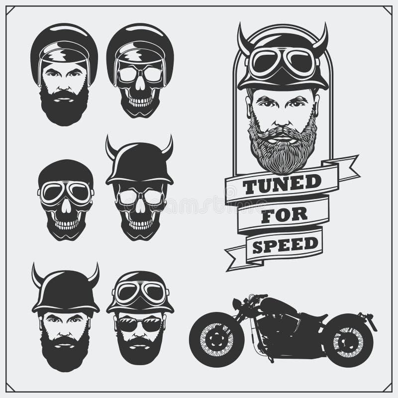 Kolekcja retro motocykl etykietki, emblematy i projektów elementy, Hełmy, gogle, rowerzyści i setkarzi, ilustracyjny lelui czerwi royalty ilustracja