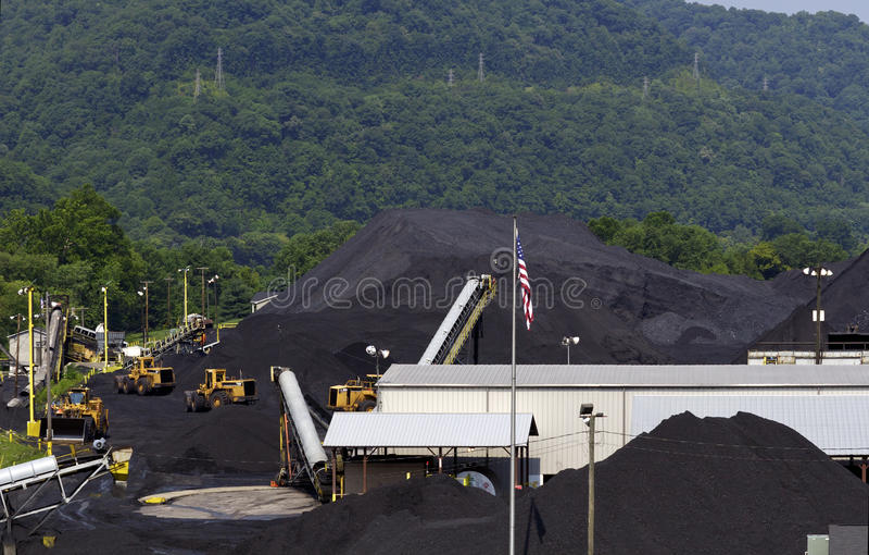 kolföretag västra terminal virginia arkivfoto