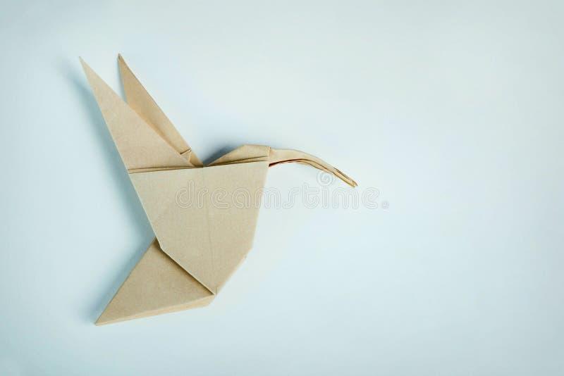 Kolibri för brunt papper för origami royaltyfria bilder