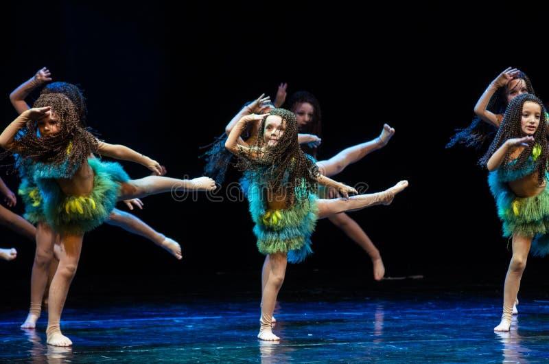 Kolibri-Tanz Theaterkonzert, Minsk, Weißrussland stockfoto