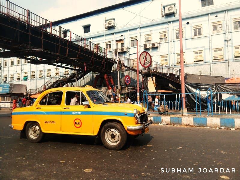 @kolkata amarelo do táxi fotos de stock