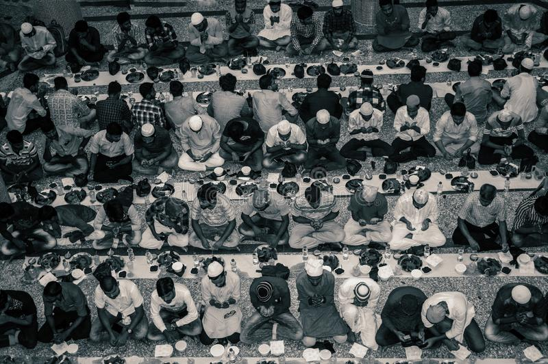 KOLKATA, INDIA - MEI 24, 2019: Dit is Iftar-partij stock foto