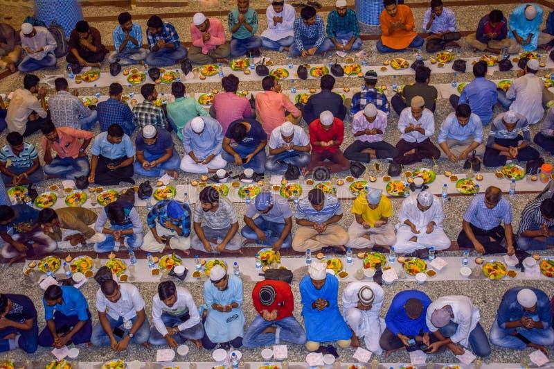 KOLKATA, INDIA - MEI 24, 2019: Dit is Iftar-partij stock fotografie