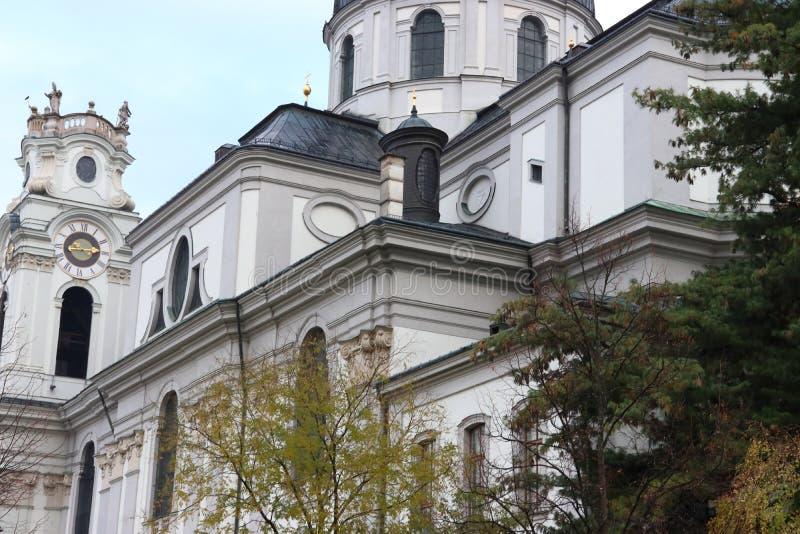 Kollegien-Kirche in Salzburg in Österreich lizenzfreies stockfoto