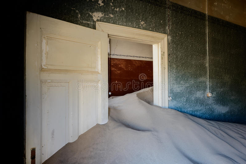 Kolmanskop sand house stock photography