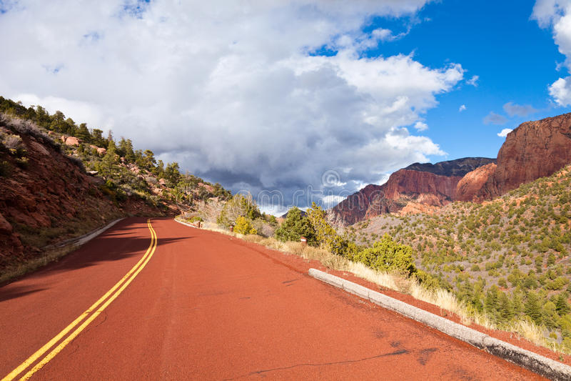 Download Kolob Canyons Scenic Drive stock photo. Image of asphalt - 16999994