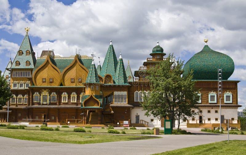 kolomenskoyemoscow slott fotografering för bildbyråer