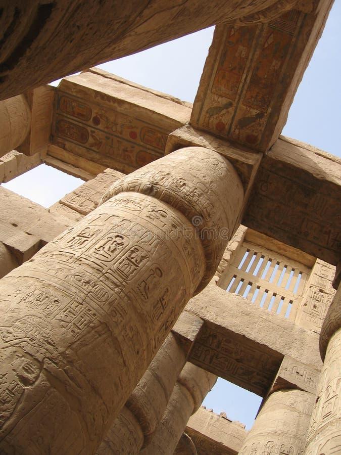 Kolommen in de complexe tempel Karnak royalty-vrije stock foto