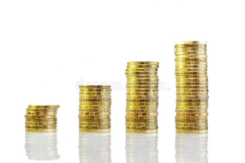 Kolommen van muntstukken. Verhoging van inkomens royalty-vrije stock foto's