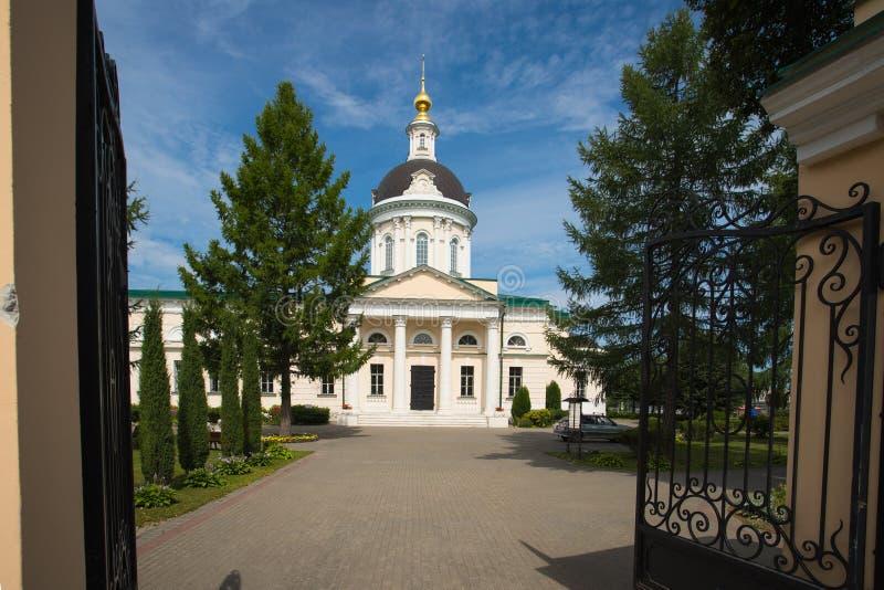 Kolomna, Rusia Iglesia de Michael Archangel In Sunny Day en suma fotos de archivo