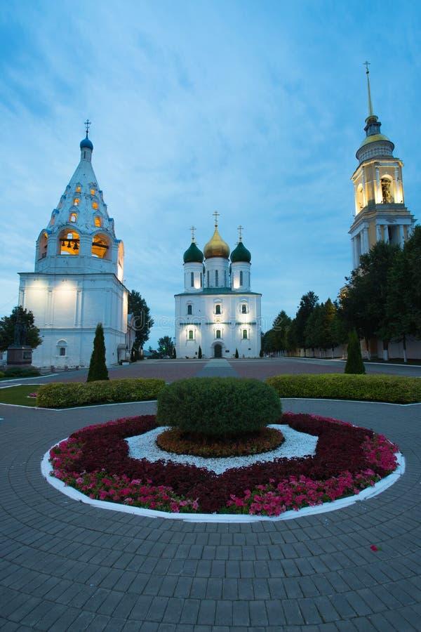 Kolomna, Russland Glockenturm der Kirche von Tikhvin, Annahme-Katze stockfoto